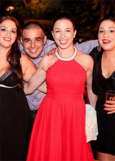 לקוחות לובשות שמלות ערב ישראלה קריבושי